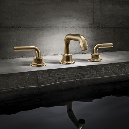 Descanso in Burnished Brass finish with spout and handle knurling detail